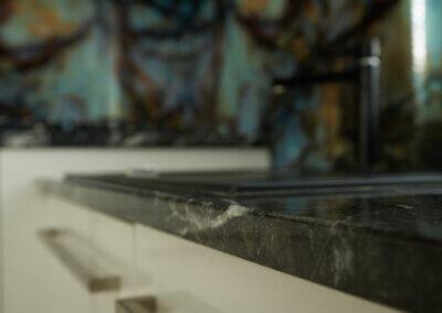 kuchyň - Nero Marquina 3