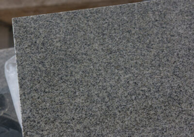 kuru grey 2